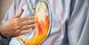 Les remèdes naturels contre les brûlures d'estomac